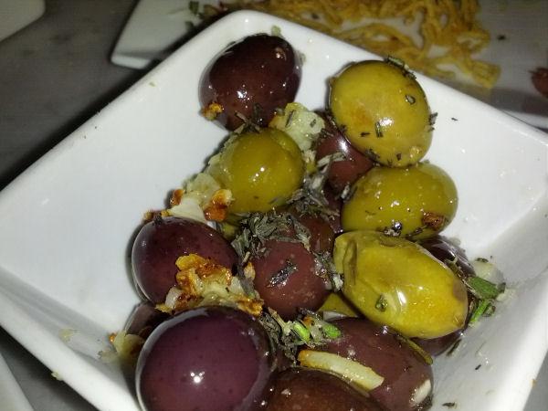Spuntino Olives