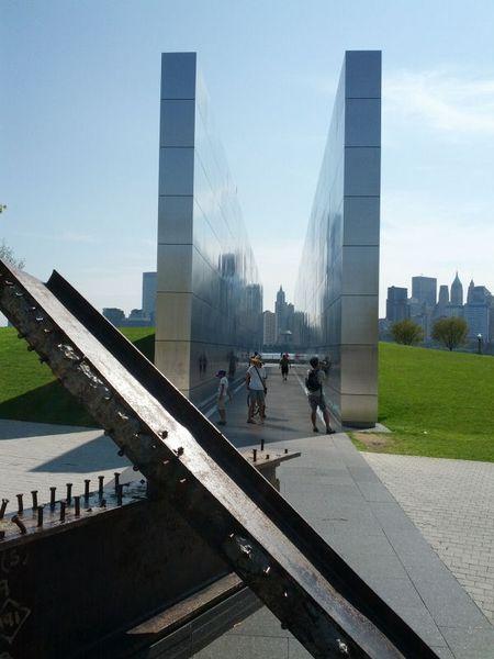 9-11 Monument 600