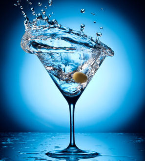 Martini Splash © volff - Fotolia.com cropped