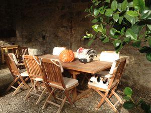 Castello D'Alba outdoor Dining
