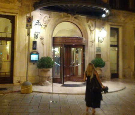 Patria Palace Hotel Entrance