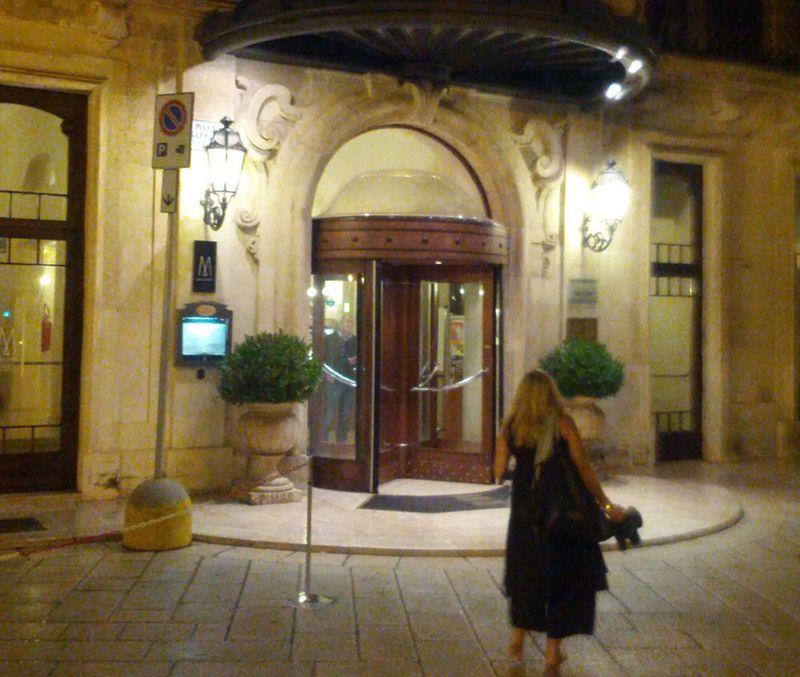 Patria Palace Hotel Entrance