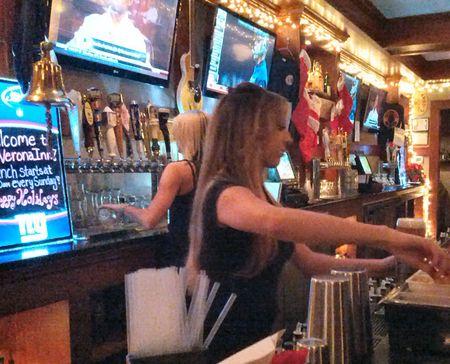 Verona Inn Bartendress