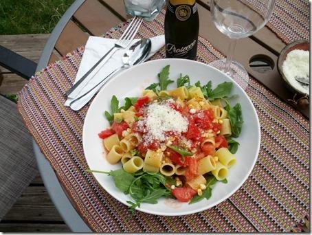 Raw Tomato Sauce over Delverde Mezze Rigatoni and Arugula