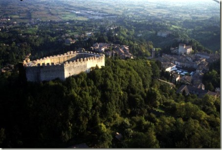 the beautiful Rocca di Asolo