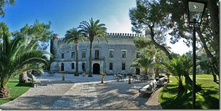 castello-monaci-salice-salentino-panoramica-frontale-min