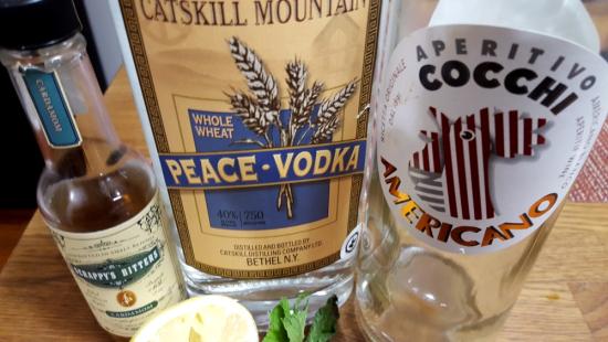 Bianaco Negroni Catskill Peace Vodka Cocchi Americano