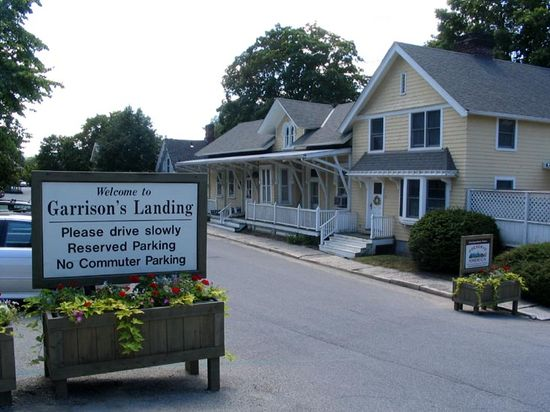 1 Entering Garrisons Landing at 33
