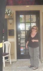 Front_door_with_diana
